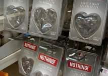 """""""لا شيء"""" أحدث صيحات هدايا عيد الحب"""