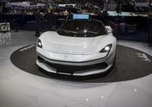 شركة إيطالية تكشف عن سيارة كهربائية خارقة لمنافسة بوجاتي ولامبورجيني (صور)