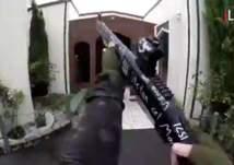"""صدمة وغضب بعد """"مذبحة المصليين"""" في نيوزيلندا (فيديو)"""