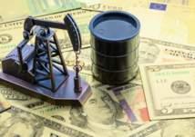 هبوط أسعار النفط والدولار في أسوأ أداء