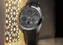 أول ساعة تعتمد التقويم الهجري ترى النور من دبي