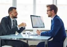 تعلم ماذا ترتدي في مقابلة الحصول على الوظيفة؟