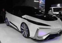 بالفيديو .. سيارة المستقبل الجديدة تويوتا بريوس!