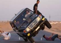 شاهد.. مراهقون يمارسون التفحيط على وقع الرقص في السعودية