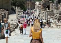 50% من العاملين في السياحة سيخسرون وظائفهم