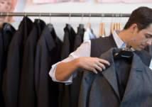 بسبب التعقيم..كيف تختار الملابس المناسبة دون تجربتها؟