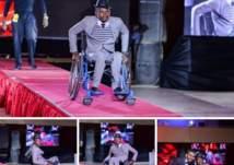 سوداني يتحدى إعاقته في أول عرض أزياء رجالي (صور)