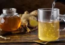 ماذا يحدث في جسمك عند شرب خليط العسل بالماء؟
