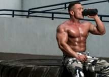 ما كمية البروتين التي تحتاجها لخسارة الوزن وبناء العضلات؟