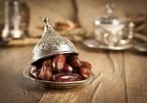 """""""التمر"""" في رمضان للتحكم بالشهية وصحة الدماغ"""