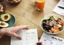 بعيداً عن الحرمان.. 7 نصائح تساعدك على خسارة الوزن