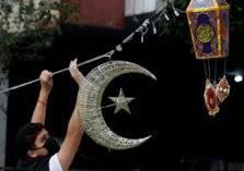 أغرب عادات الشعوب في رمضان.. من ضرب النساء إلى حلق الشعر