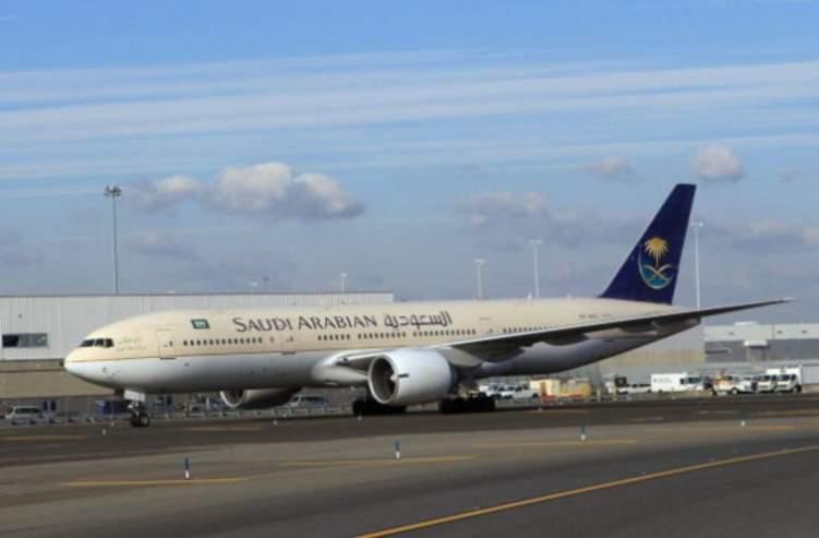 """بالصور: السعودية تتسلم أولى طائرات """"بوينج"""" المزودة بالأجنحة الجديدة"""