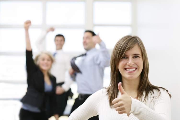بخمس خطوات نضمن لك يوم ايجابي في العمل