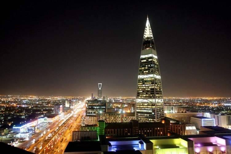 إقتصاد: السعودية تؤسس أضخم صندوق للتنمية بـ 345 مليار ريال