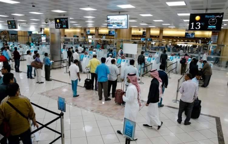 """السعودية تسمح بإرتداء """"الشورت"""" على متن الطائرات"""