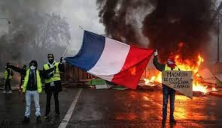 لا ضرائب في فرنسا حتى اشعار آخر