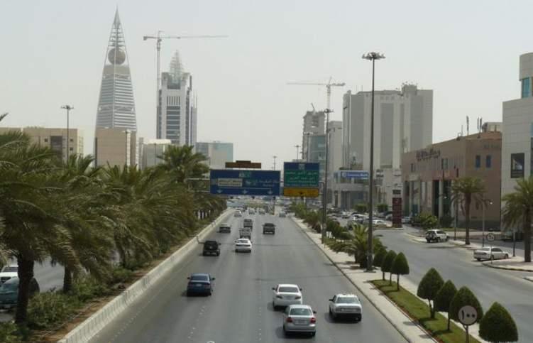 السعودية بصدد فرض رسوماً على الطرقات