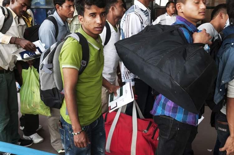 مليون أجنبي في السعودية يغادر سوق العمل