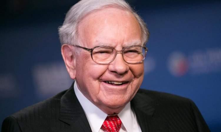 أغنى أثرياء العالم.. يعيش حياة التقشف ويفطر من ماكدونالدز