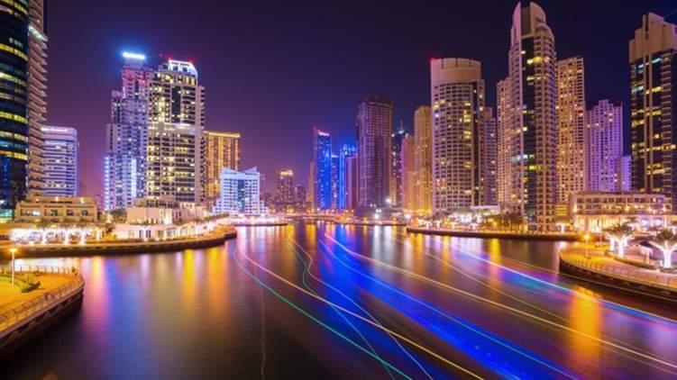 كم عدد الوحدات السكنية التي يتم بيعها يومياً في دبي؟