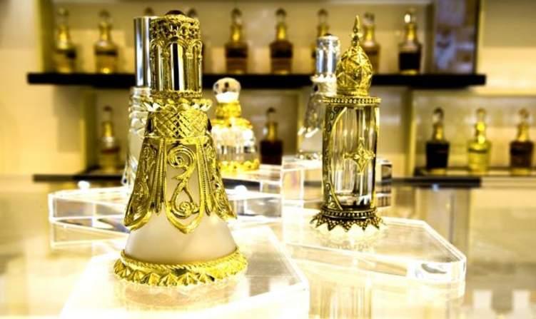 """الإمارات: إلغاء وحدة """"التولة"""" في تجارة العطور واستبدالها بمقياس جديد"""