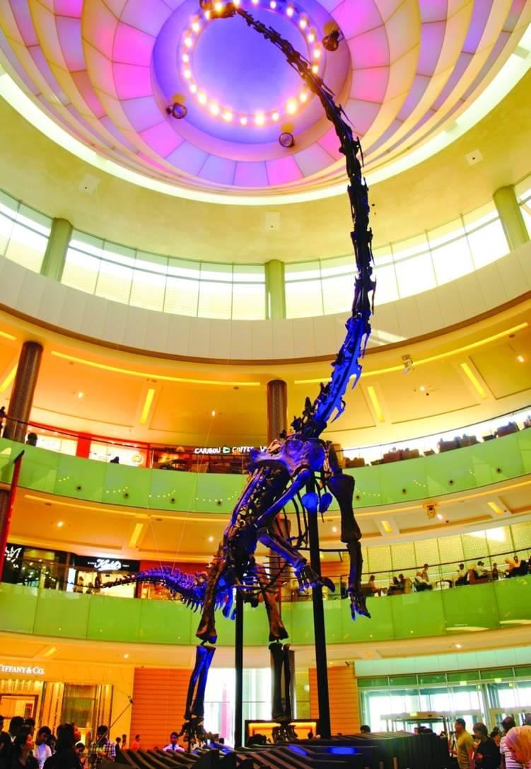 في دبي.. هيكل ديناصور للبيع بـ 14.6 مليوناً