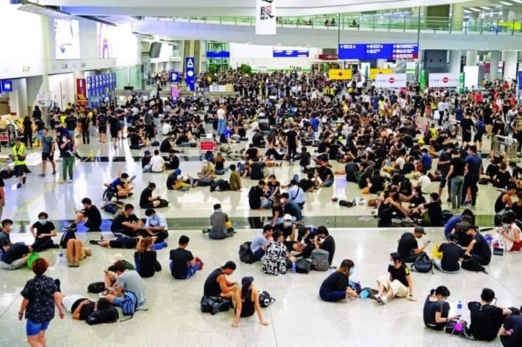 أكثر مطارات العالم زحاماً خارج الخدمة.. لهذا السبب؟
