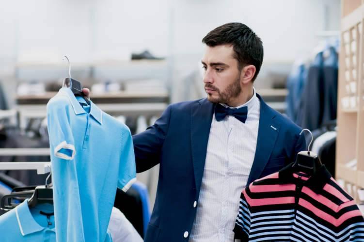 5 ملابس أساسية يجب على كل رجل أن يمتلكها