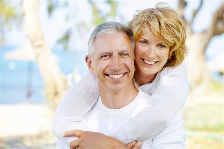 3 نصائح فعالة لاستمرار المتعة الجنسية بعد الأربعين