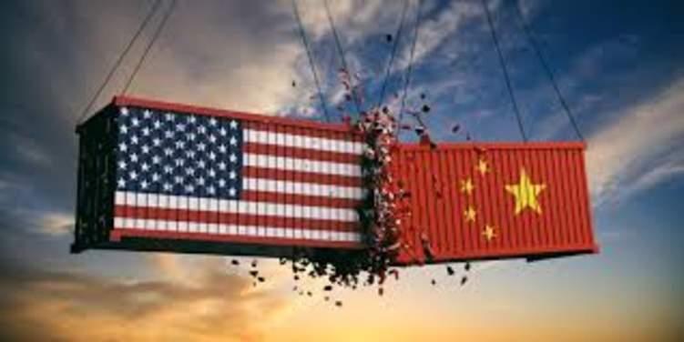 أكثر من 400 منتج صيني رهن الإعفاء من الرسوم الجمركية الأمريكية