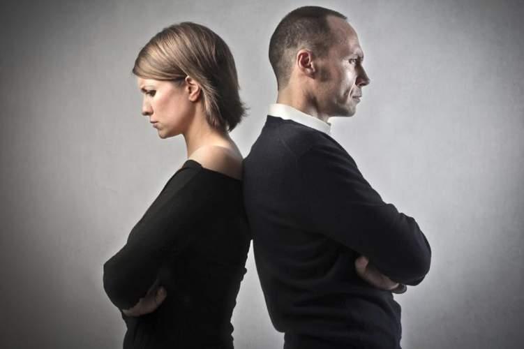 احذر .. هذه علامات الطلاق العاطفي!
