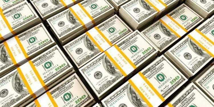 """""""كورونا"""" يضرب الدولار ومخاوف بين المستثمرين"""