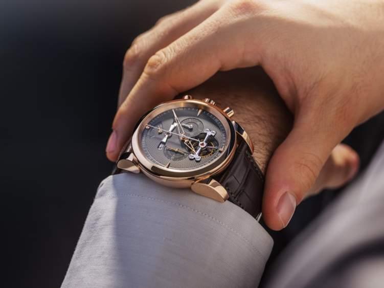 الدقة والأناقة في ساعة برميجياني فلورييه الجديدة