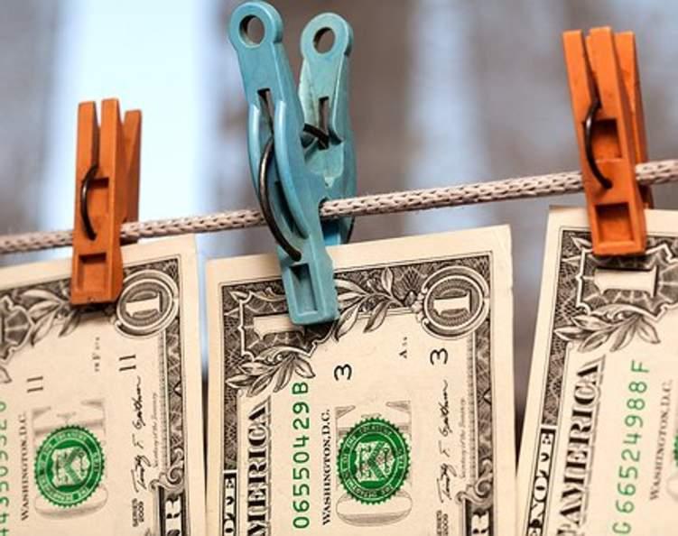 إليكم تفاصيل الكشف عن أكبر تنظيم لغسيل الأموال