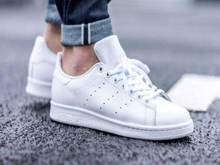 كيف تعتني بحذائك الأبيض؟