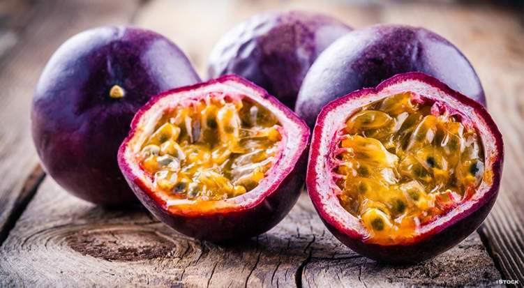 """6 فوائد لفاكهة العاطفة """"الباشن"""""""