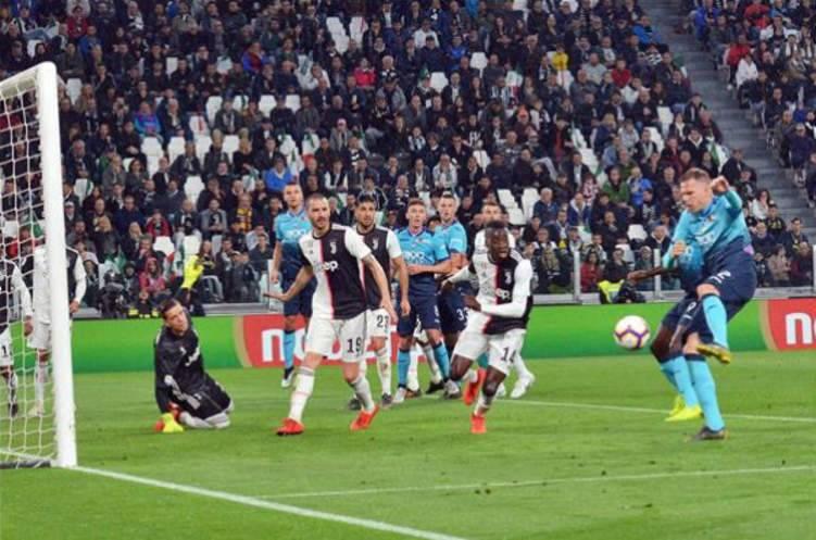 لاعب إيطالي مصاب بفايروس كورونا