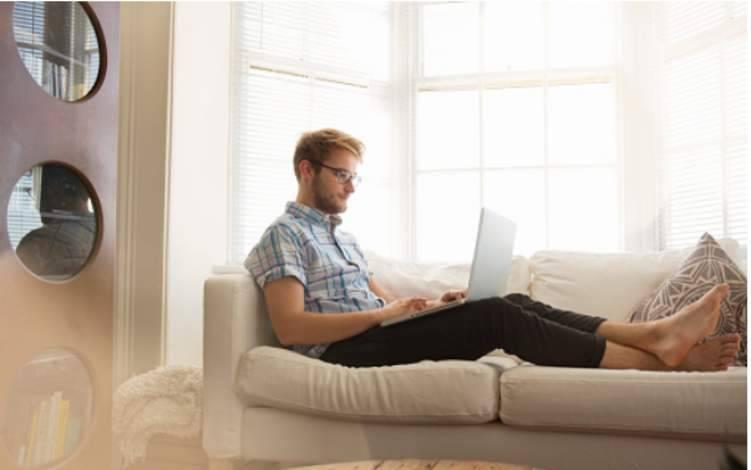 4 نصائح لتجديد النشاط أثناء العمل من المنزل