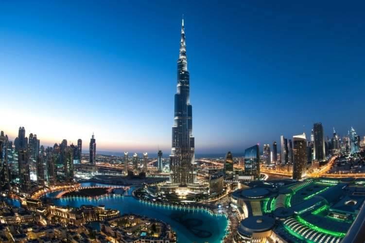 """إجراءات """"تقشف"""" لمواجهة أزمة كورونا في دبي"""
