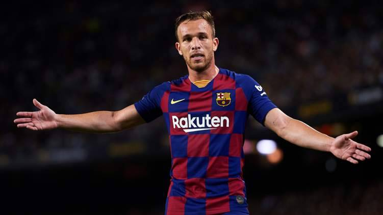 برشلونة يحصد 80 مليون يورو من بيع لاعبهم