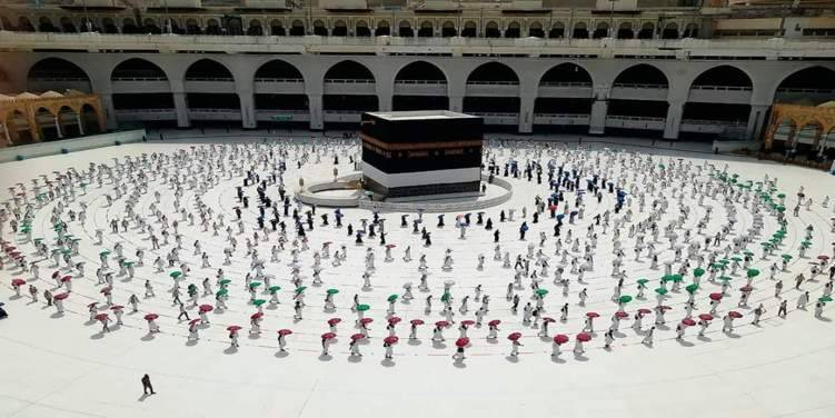 هكذا استقبل المسلمون عيد الأضحى المبارك