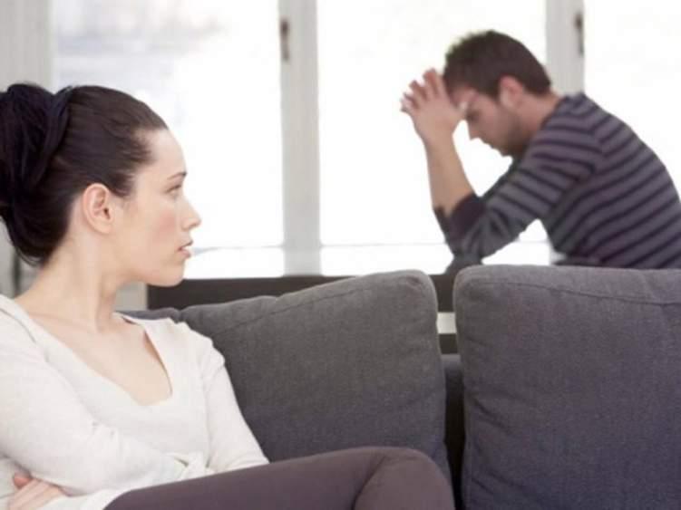 احذر.. هذه التصرفات تكشف كرهك لزوجتك!