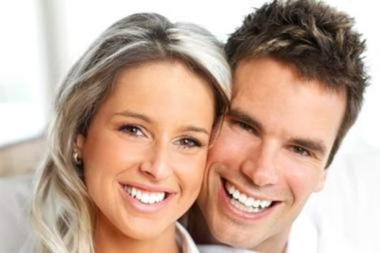 للزوجين معاً.. علاجات تجميلة لتجديد الشباب وتعزيز الحب