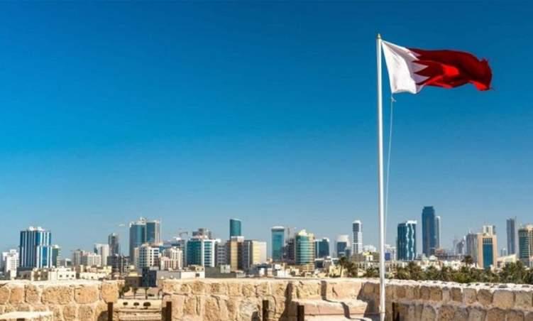 البحرين تسدد فواتير مواطنيها وتوجه رسالة للبنوك
