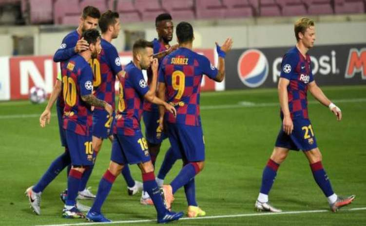 بالصور .. تسريب قميص برشلونة للموسم القادم