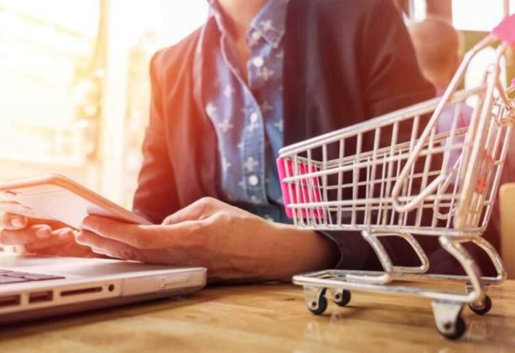 كيف تحافظ على الخصوصية أثناء التسوق عبر الإنترنت؟