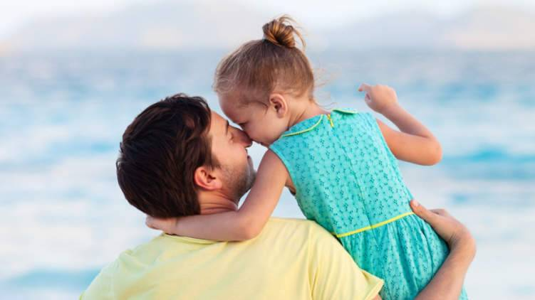 كيف تكون أباً مثالياً بعد الطلاق؟