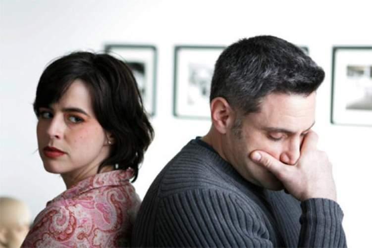 بـ 4 طرق تستطيع أن تحمي زواجك من الانهيار
