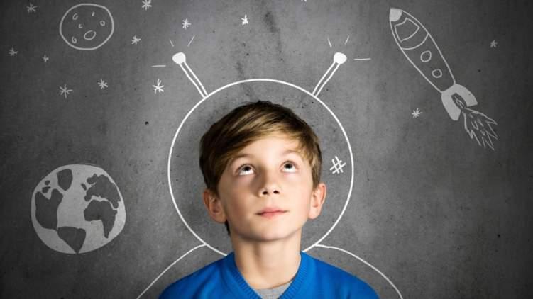 كيف تجهز طفلك لمهن المستقبل المجهولة؟